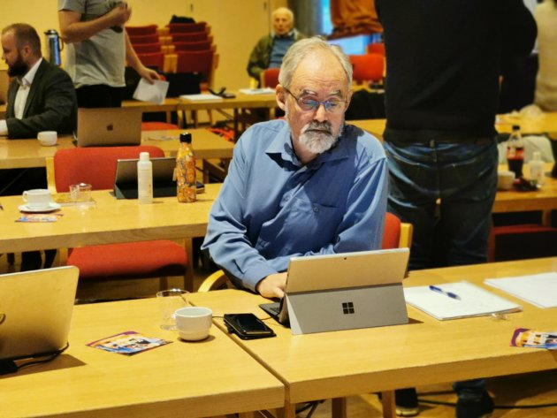 RAUDT: Geir Oldeide og Raudt støttar vindkraftmotstanden.