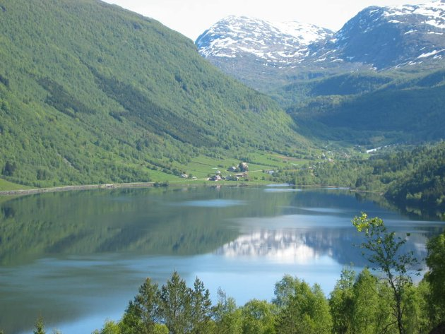 INDREFILET: Magnar Hellebust vil at vegen over Gaularfjellet skal heite Sunnfjordvegen.