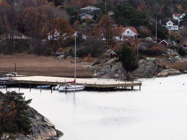 Skjelsbosund: Det er denne brygga som Hvaler-politikerne nå skal ta stilling til om de godtar.