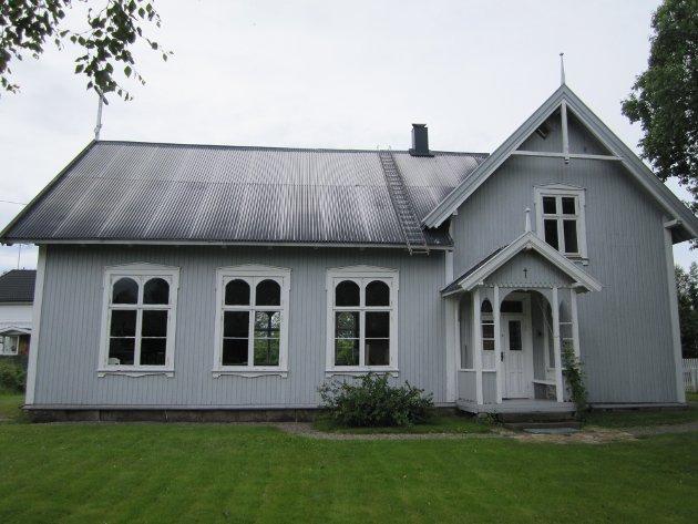 Katolsk kirke: Det er 17 år siden Den nordisk-katolske kirke kjøpte Sarepta bedehus på Årum og fikk det vigslet til kirke etter først å ha gjennomført en omfattende restaurering.
