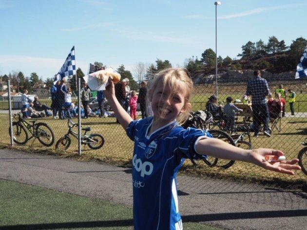 Jentefotballturnering i Trondalen.