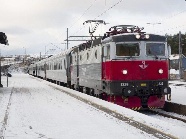 VIL HA TOG I NORD: Sverre Stenvold ønskwer sterkere satsing på bane i nord.