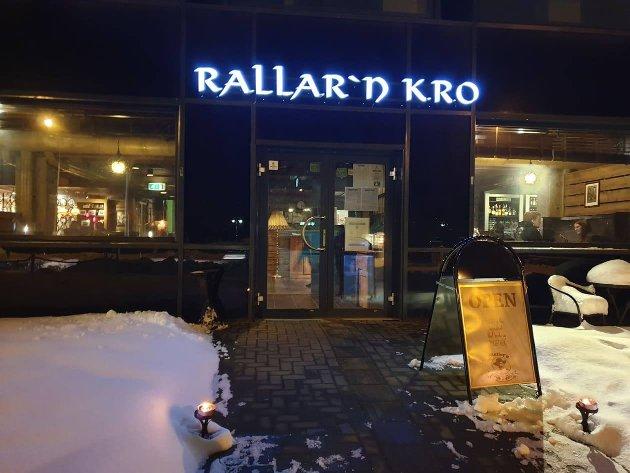 TRADISJONEN TRO: Rallar'n Pub og Kro er et tradisjonsrikt spisested i Narvik, og står seg fortsatt godt i 2019.