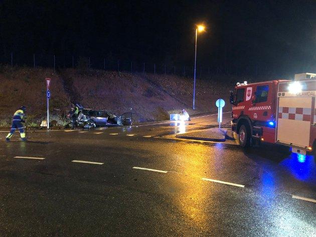 4. OKTOBER 2021: En mann i 50-åra bosatt utenfor distriktet ble kjørt til Kongsvinger sjukehus med skader etter en trafikkulykke i rundkjøringa ved Sisselrud mandag kveld.