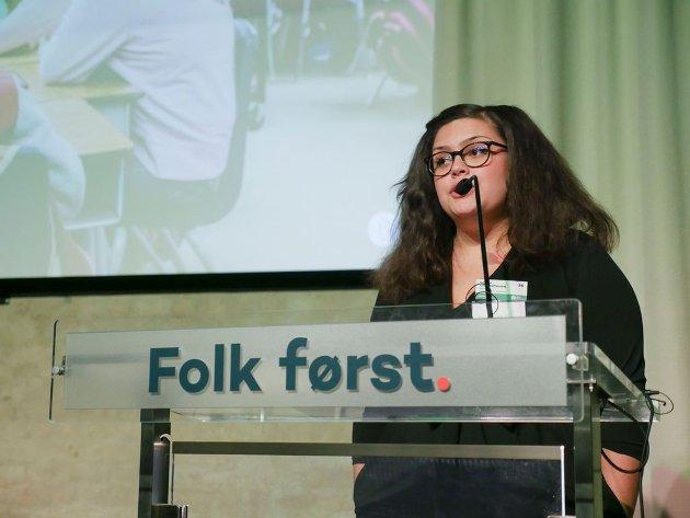 Celina Christoffersen på Unge Venstres talerstol