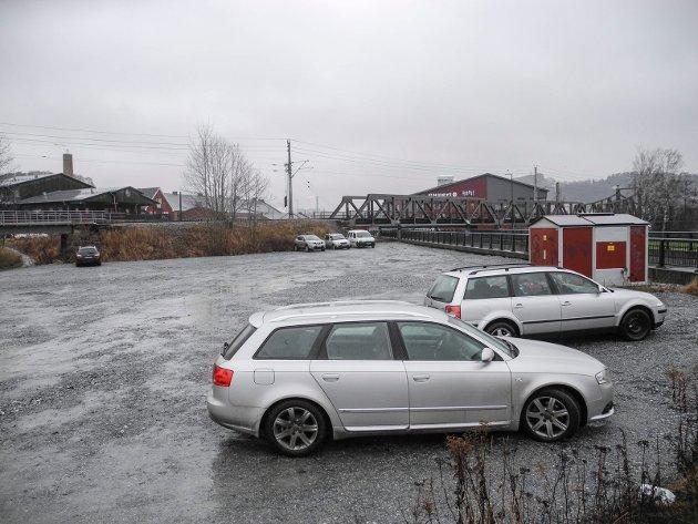TYSKA: På denne parkeringsplassen som er beregnet for bobiler, fikk Aud Moen og hennes to venninner bot da de parkerte sine personbiler der mens de var på tur i nærområdet. Arkivbilde.