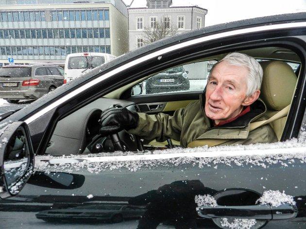 Nils Sagstuen, Leder av Pensjonistpartiet