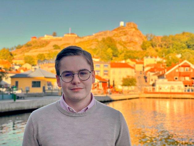 LANSERER SEG SELV: Simen Murud Gundersen drømmer om en plass på Stortinget for Østfold Høyre.