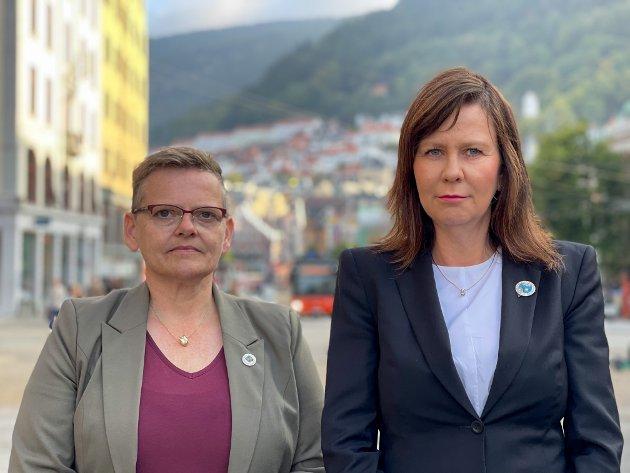 Fylkesnestleder Karin Bell Trældal og fylkesleder Reidun Stavland i Norsk Sykepleierforbund Vestland.
