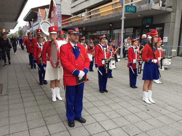 Skolekorpsenes dag startet klokken 11, og går fra Rådhusplassen til Steinsparken. Deltakere er alle byens korps, i tillegg til gjestekorps fra Karmøy.