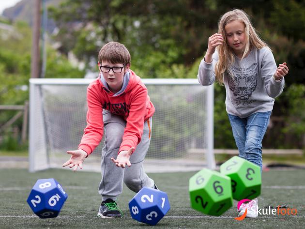 Med én time fysisk aktivitet daglig i grunnskolen gis flere elever nå muligheten til å oppleve mestring i en mindre konkurransepreget setting.