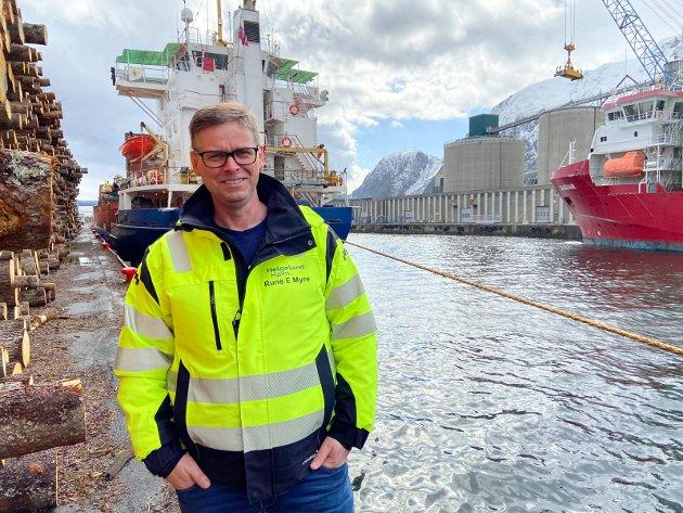 Rune Myre ny havnedirektør, daglig leder i Helgeland Havn IKS. Her er han i Mosjøen havn.