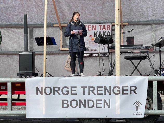 "Linda Haukland taler til ""bondeopprøret"" i Bodø."