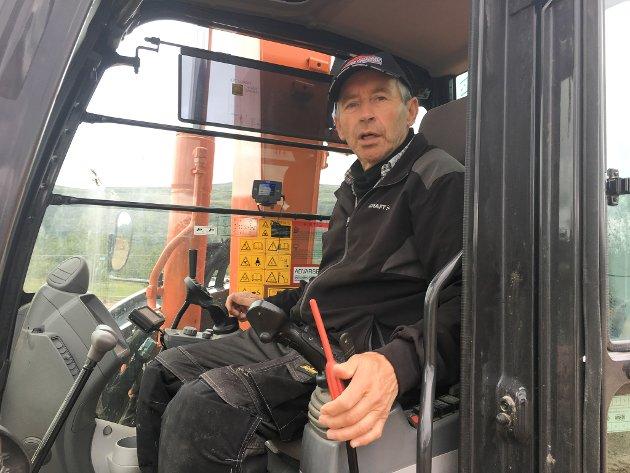 STRAMME INN: Eiolf Paulsen tar til orde for at man strammer inn på hvem som får drive med reindrift.