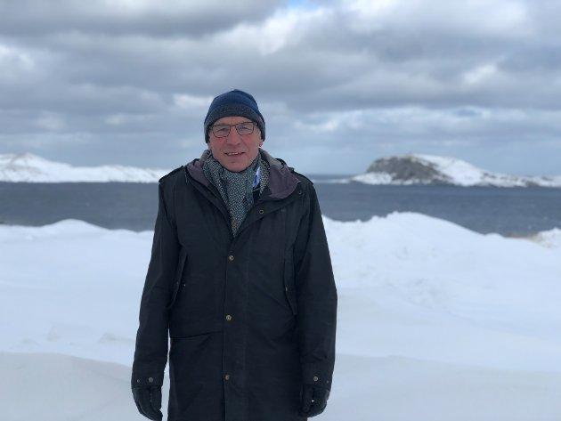 Innleggsforfatter Ole Klaudiussen mener at norske politikere ikke kan love sine velgere at vi kan få både i pose og sekk.