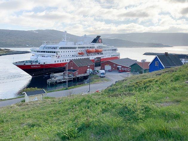 KRITISK: Geir Iversen er kritisk til Hurtigruten og alle skandalene som har fulgt selskapet den siste tiden.