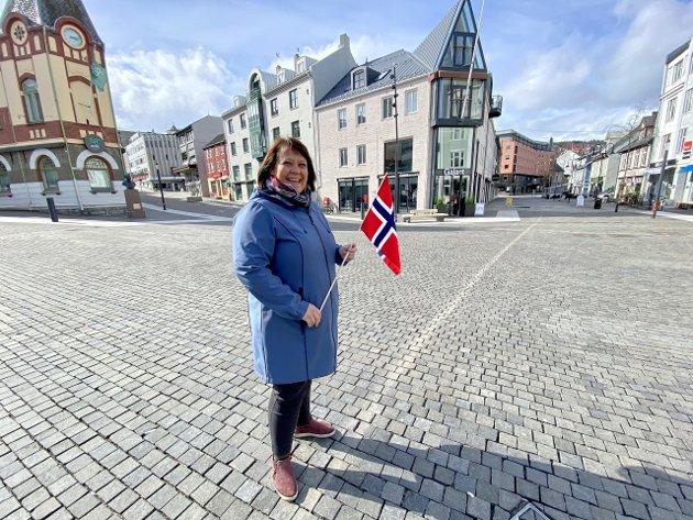 –La det ikke være noen som helst tvil; 17. mai-komiteen hilser et folkelig «kupp» på 17. mai velkommen, så lenge vi ikke glemmer at det er barnas dag der folkefest og moro kombineres med tradisjon og respekt for vår historie og våre verdier, skriver Bjørg Larsen Aalmo, leder i 17. mai-komiteen i Harstad kommune.