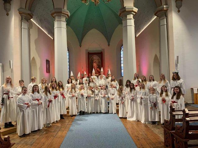 VIVACE: Det blir høytidsstemning når de fem korene til Vivace slår seg sammen til felles konsert Luciamorgen