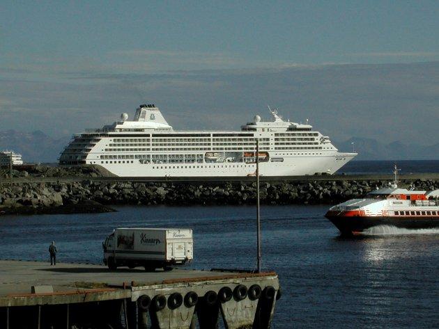 <Often> hurtigbåt Richard With Seven Seas Mariner Luksus på to kjøler