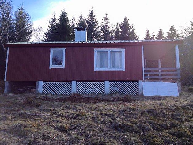 Før: Hytta da ekteparet fra Svolvær overtok den høsten i 2012.