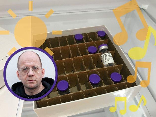 Lofotpostens Øystein Ingebrigtsen mener det er lyspunkt også her i Lofoten at vaksineringen er i gang. - I noen små hetteglass i frysere og kjøleskap ligger det håp, skriver han i lørdagskommentaren. Han ser blant annet fram til å kunne gå på konsert igjen.