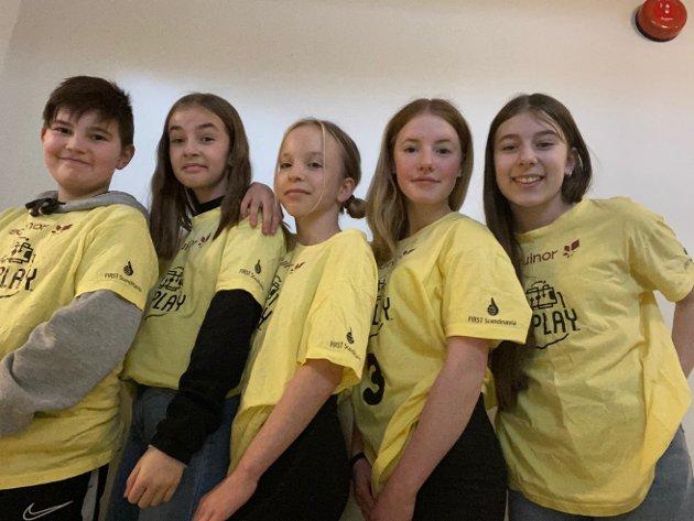 LAGET: Lucas Paulsen Utne (12), Johanna Monsen Tjønndal (12), Amalie Sofi Gundersen (12), Gyda Henrikke Sjøen (12), Ida Sofie Tørhaug (12).