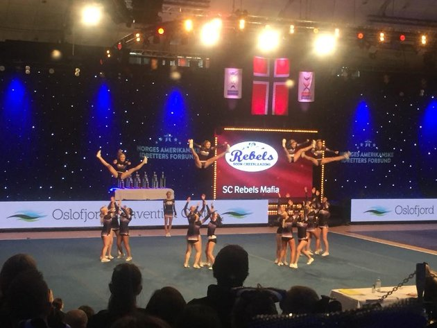 IMPONERTE: Soon Cheerleading klarte å leve opp til favorittstempelet - og vant to gull under helgens NCL.