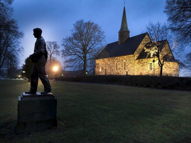 Kan oppleves: I jubileumsåret 2020 går ikke alt som planlagt, men det er fortsatt mulig å nyte steder som Rygge kirke.