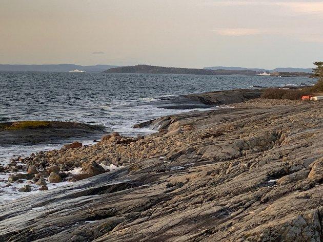 """Her like utenfor Fuglevik, sør i Værla vil Movar slippe ut  """"renset"""" kloakk fra 85 000 beboere fra Moss, Vestby og Våler."""