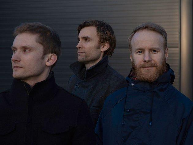 Erlend Apneseth, sammen med Stephan Meidell og Øyvind Hegg-Lunde, byr på noe helt spesielt.