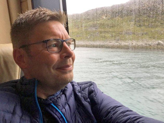 Den digitale hverdagen har vist oss at alt er mulig – la oss for alvor gripe mulighetene, også for distriktene! skrive Måsøy-ordfører Bernth R. Sjursen.