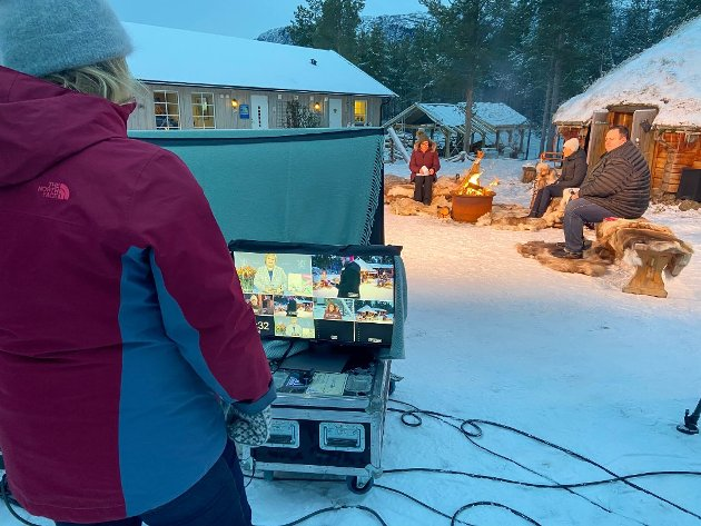 Fra pressekonferansen om Nordområdemeldingen som foregikk flere steder og ble sydd sammen til en livesending på nett. Bildet er fra Alta.