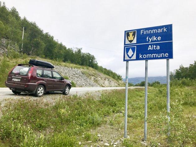 Et Rest-Finnmark uten Alta og kanskje også Kautokeino og Loppa, vil bestå av knappe 50.000 innbyggere. Det vil kreve en ekstraordinær økonomisk innsprøytning fra nasjonale myndigheter for å holde tjenestetilbudet i et slikt mini-fylke flytende.