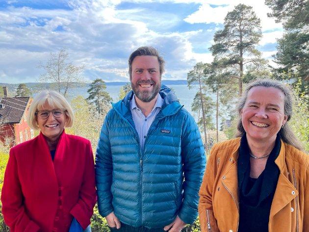 """Nordstrand Arbeiderpartis BU-gruppe som står bak forslaget til høringsuttalelse om """"Nye Oslo universitetssykehus"""": f.v. gruppeleder Asbjørg Javnes Lyngtveit, Miert Skjoldborg Lindboe og Cecilie Foss."""