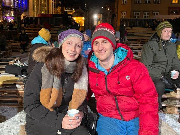 Anna Guenningsman og Brian Guenningsman -Det er neon år siden sist vi var på TIFF. Vi er småbarnsforeldre, men da jeg så de rigget til her tidligere i dag gikk vi inn på nettet og fikk billett. Vi tror dette blir topp.