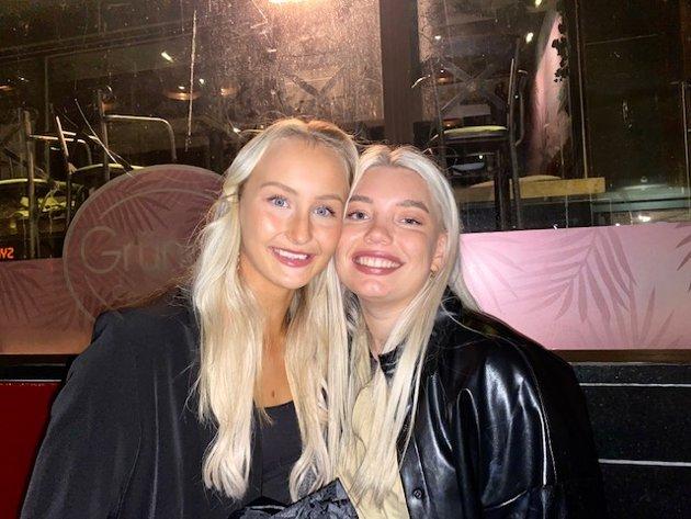 Emma Dalgård (21) og Anna Maria Vangild (21).