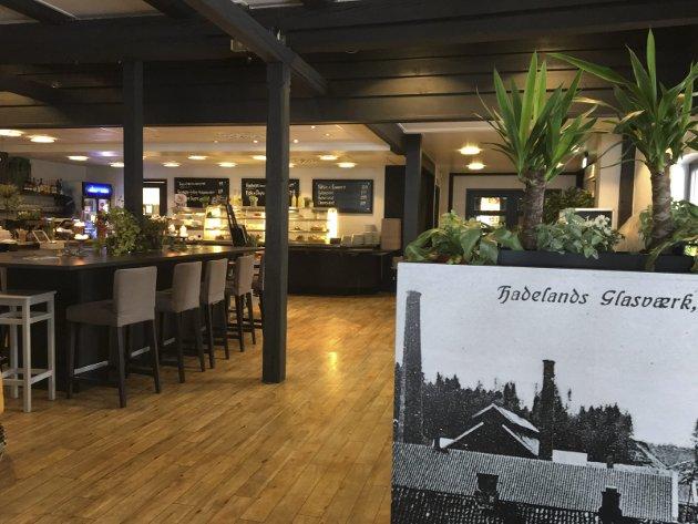 HISTORISK: I nydelige omgivelser med masse gode aktivitets- og handletilbud på Hadeland Glassverk ble restauranten Kokkestua en nedtur.