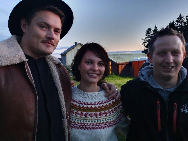Kjetil Bakken (29), Torunn Amlien (25) og Tommy Bjerkengen (30) har aldri vært på Hel ved før, men gir terningkast 6.