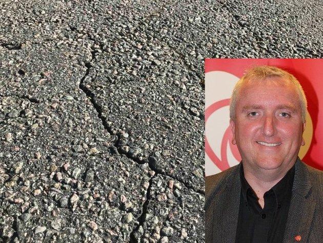 NY RV 4: Arbeiderpartiets fylkestingsrepresentant Bjørn Jarle Røberg-Larsen kritiserer partiet Rødt, fordi partiet stemte mot utbygging av Rv 4.