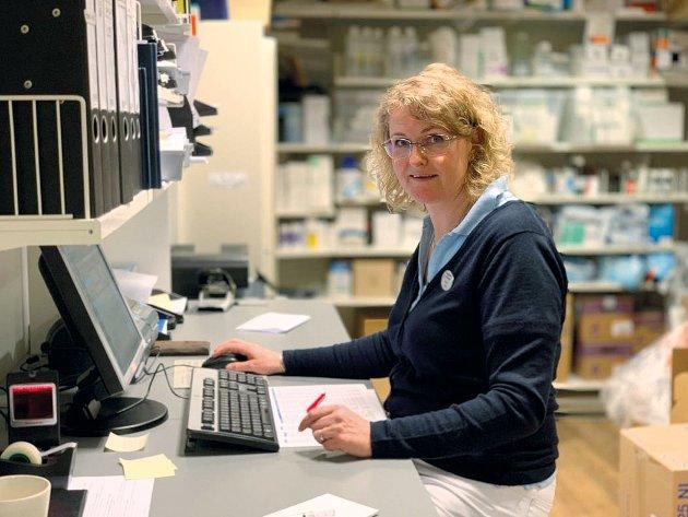 PLANEGGING: – Bruker du et legemiddel fast, er det lurt å komme på apoteket i god tid før du er tom. Samtidig er det viktig at du ikke å kjøpe mer enn du trenger, skriver Hanne Andresen i Apotekforeningen.