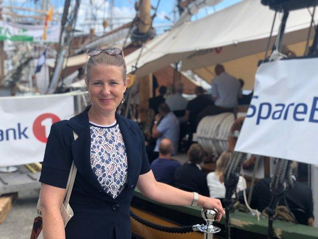 Karoline Bakka Hjertø på Arendalsuka i fjor. I år deltar hun på et digitalt Arendalsuke-arrangement om naturrisiko som finansiell risiko.