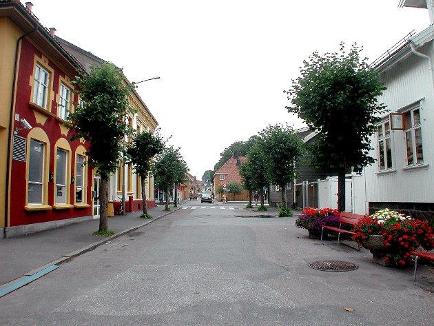 Tåpelig: Å forandre sentrale gate / veinavn i Stavern fordi Larvik har de samme – og omvendt – er kort og godt unødvendig og – unnskyld uttrykket – tåpelig! skriver Leiv Harald Bakke.