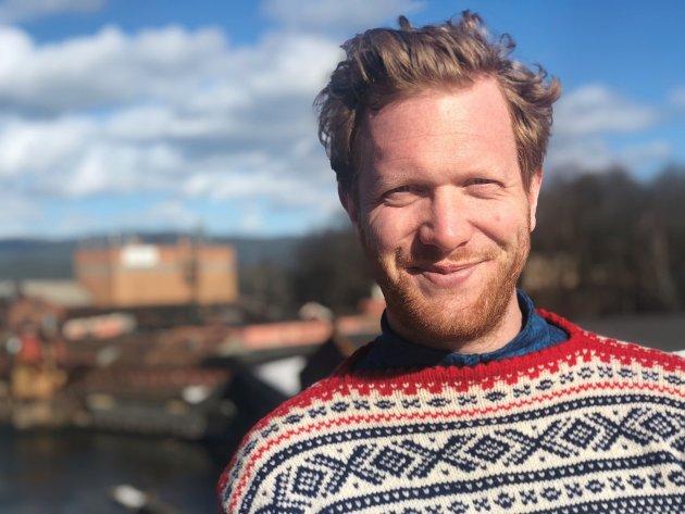 Ådne Naper (SV) vil ha krafttak for solkraft i offentlige bygg