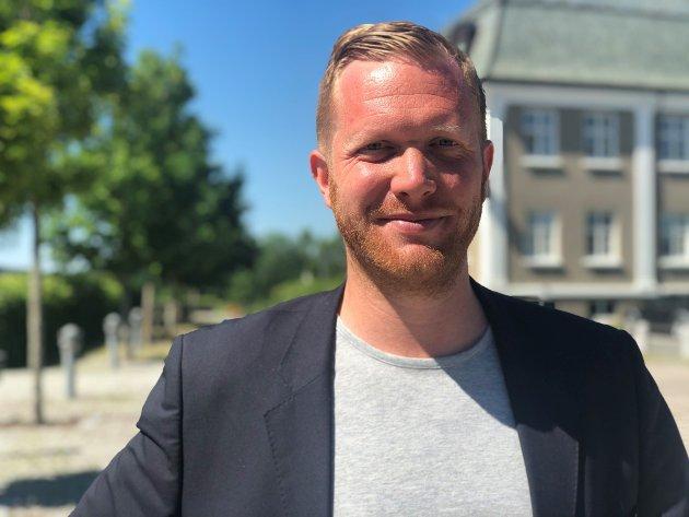 Ådner Naper (SV) vil ta solkraftinitativ