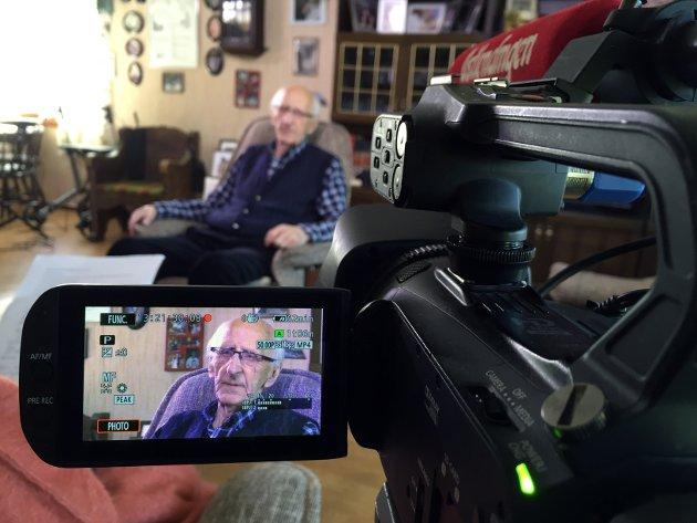 Odd Hemstad (98) forteller sin dramtiske historie til Østlendingens kamera.