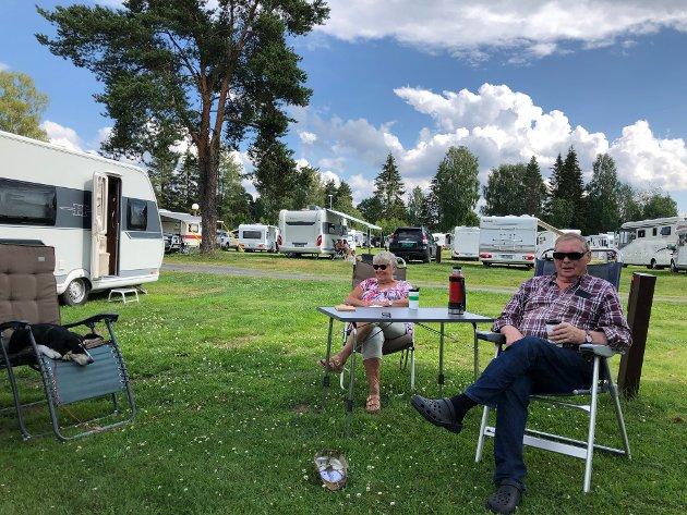 CAMPINGLIVET: Mange nyter campinglivet, noe som merkes på Elverum Camping. Nå har vi en situasjon som bør utnyttes.
