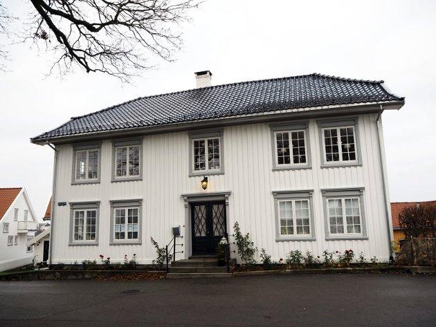 Rindegården i Brevik kan få Porsgrunn kommunes byggeskikkpris som deles ut i Ælvespeilet lørdag 17. november.