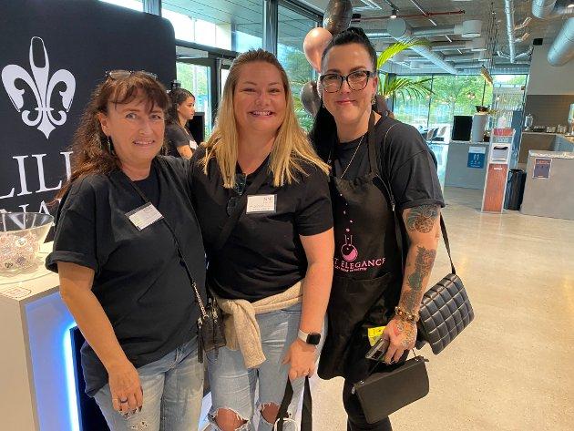 VENNINNER: Negledesignerne Irene Wessel, Winnie Myrvold og Torill Kristiansen kjenner hverandre gjennom Instagram, men møttes for første gang på messe i Porsgrunn.