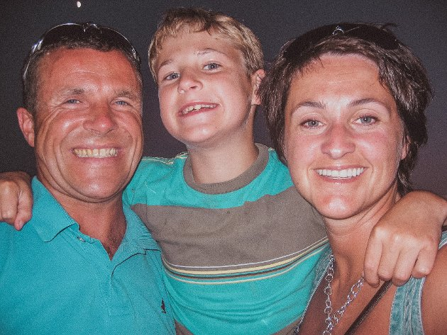 Fra lykkelige dager, pappa Thoralf, Torgeir og mamma Sonja.