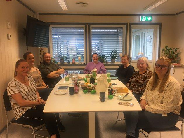 Fra venstre: Lill Karin Korntorp, Marie Lae Haugen, Nicklas Larsson, Dorte Banken, Lill Maiken Kokkin, Anne Sillerud og Silje Kjeverud.